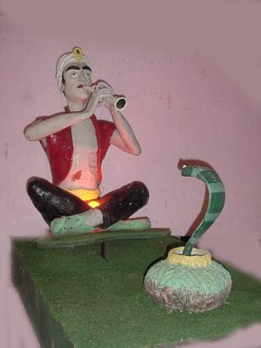 snakecharmer2